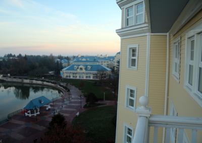 Vista habitacion Hotel Disney Newport Bay Club Paris