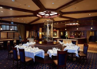 Restaurante Yacht club Hotel Disney Newport Bay Club Paris