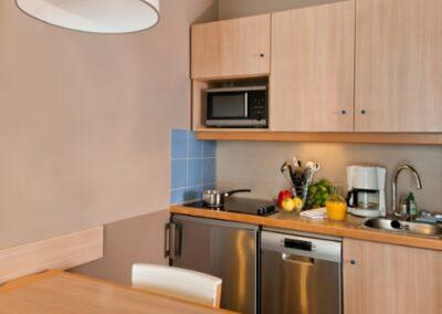 habitacion cocina Adagio Val Deurope