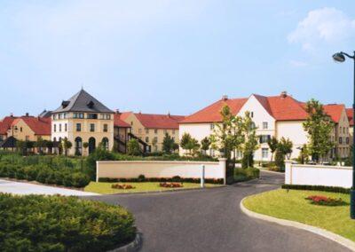 campanile-val-de-de-france-hotel-entrance