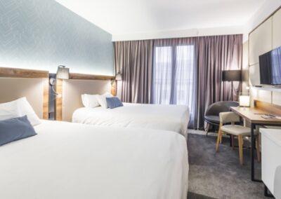 Habitación hotel lelysee