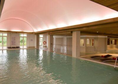 magic-circus-swimming-pool