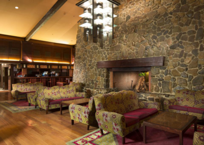 Lobby Hotel Disney Sequoia Lodge Paris