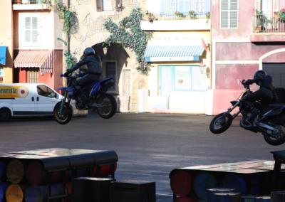 Motos saltando Motor Stunt Show en Disney Studios Paris