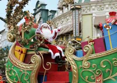 Desfile Navidad en Disneyland Paris Papa Noel