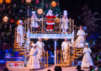 Iluminacion del Arbol de Navidad en Disneyland Paris