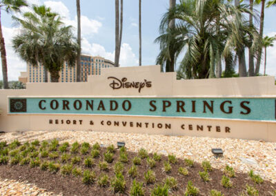 Entrada al Coronado Springs Resort & Convention Center
