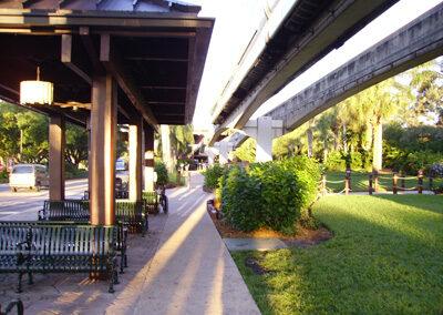 Entrada y para de bus del Disney's Polinesian Resort