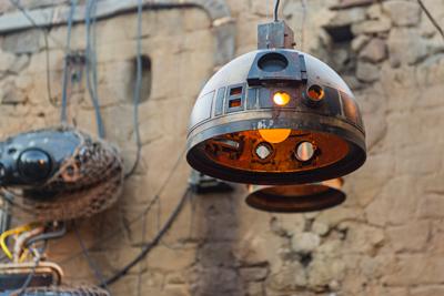Star wars Galaxy Edge Walt Disney World Droid Lamps