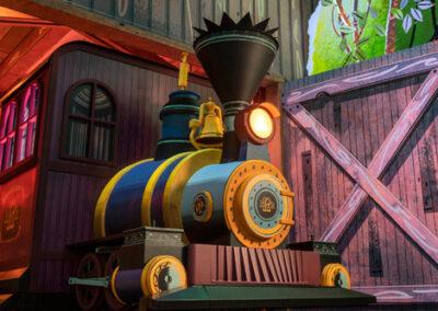 Mickey & Minnie Runaway Railway Locomotive