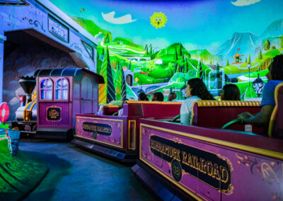 Mickey & Minnie Runaway Railway Runnamuch Park