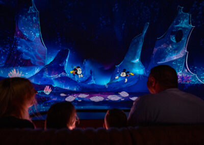 Mickey & Minnie Runaway Railway Underwater
