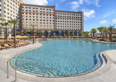 Universal Dockside & suites pool Oasis Bar