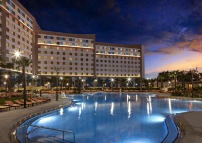 Universal Dockside & suites pool