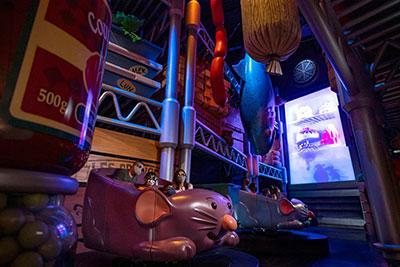 Remy's Ratatouille Adventure atraction indoor